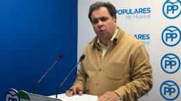 """El PP critica que el consejero de Salud """"ningunee"""" el clamor que reclama una sanidad digna en Huelva"""