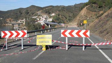 Diputación pide al Gobierno central que libere los fondos de emergencias ante el desprendimiento en el talud junto al Puente de El Granado Pomarao