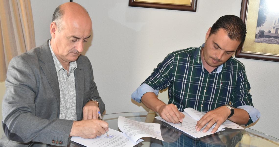 El Ayuntamiento de Lepe suscribe con MEBI el contrato para la ejecución de las obras del Plan de Asfaltado de calles para 2017
