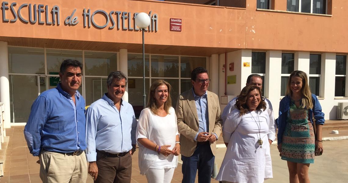"""El PP invita a Susana Díaz a """"dar la cara"""" en la Escuela de Hostelería de Islantilla tras mantenerla cerrada casi cuatro años"""