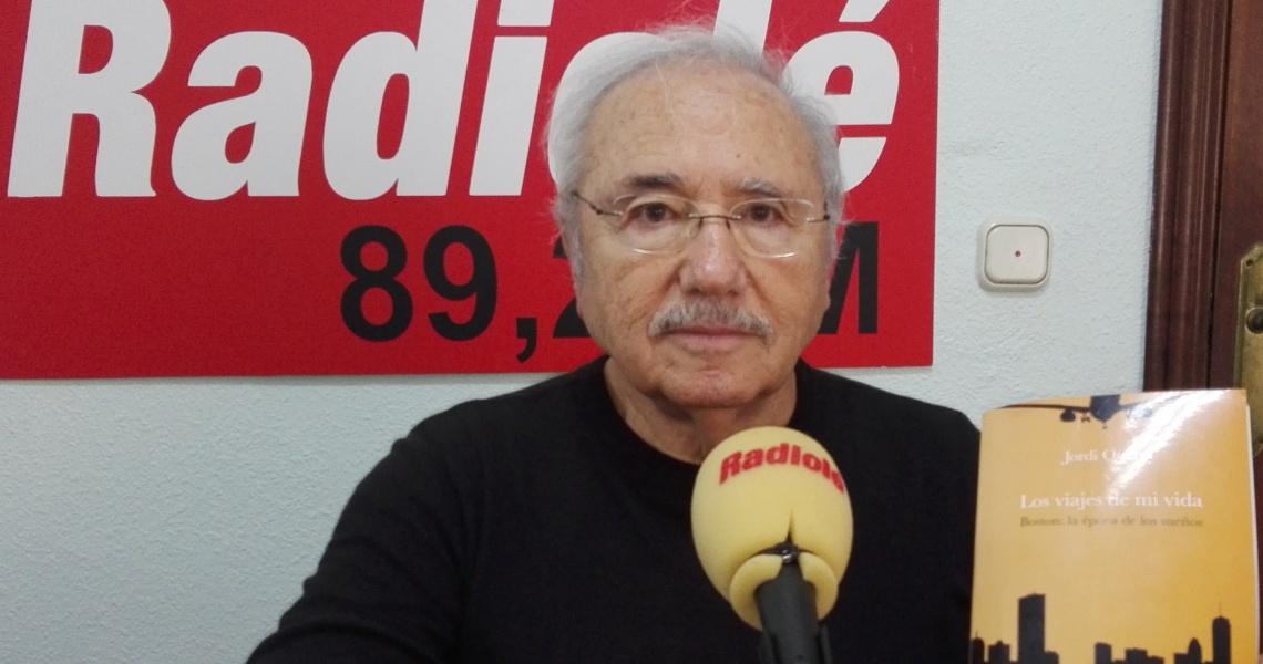 Jordi Querol presenta en Cartaya su último libro, que dedica un capítulo a El Rompido