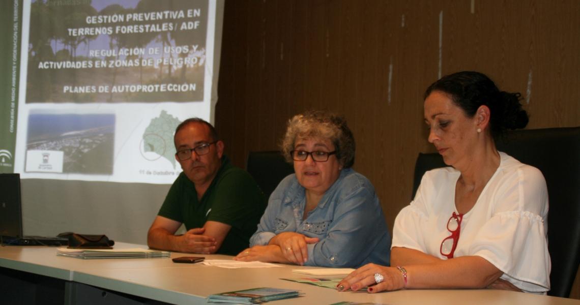 Los agricultores cartayeros reciben información sobre el uso del fuego en actividades agrícolas y forestales