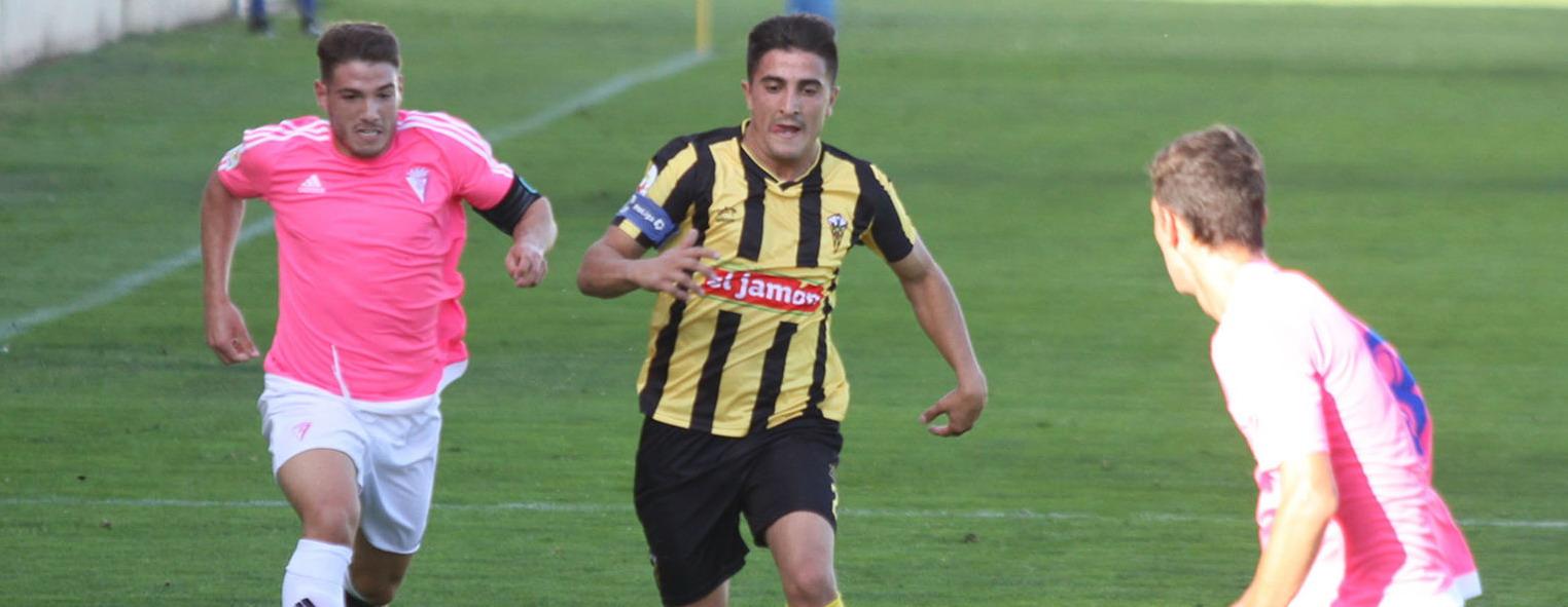 Fran Lepe jugador y capitán del San Roque da las claves del equipo