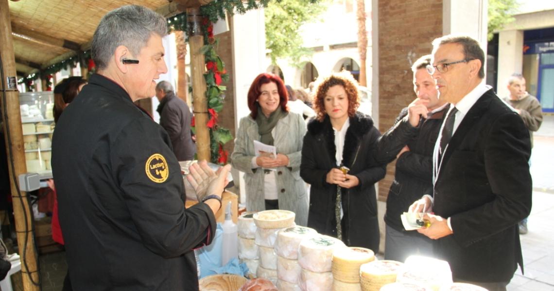 La Muestra de Aceites y Conservas acerca a los onubenses la calidad de los productos de la provincia