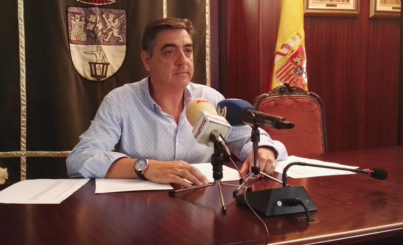 Ayuntamiento denuncia subida impuesto a vehículos mixtos