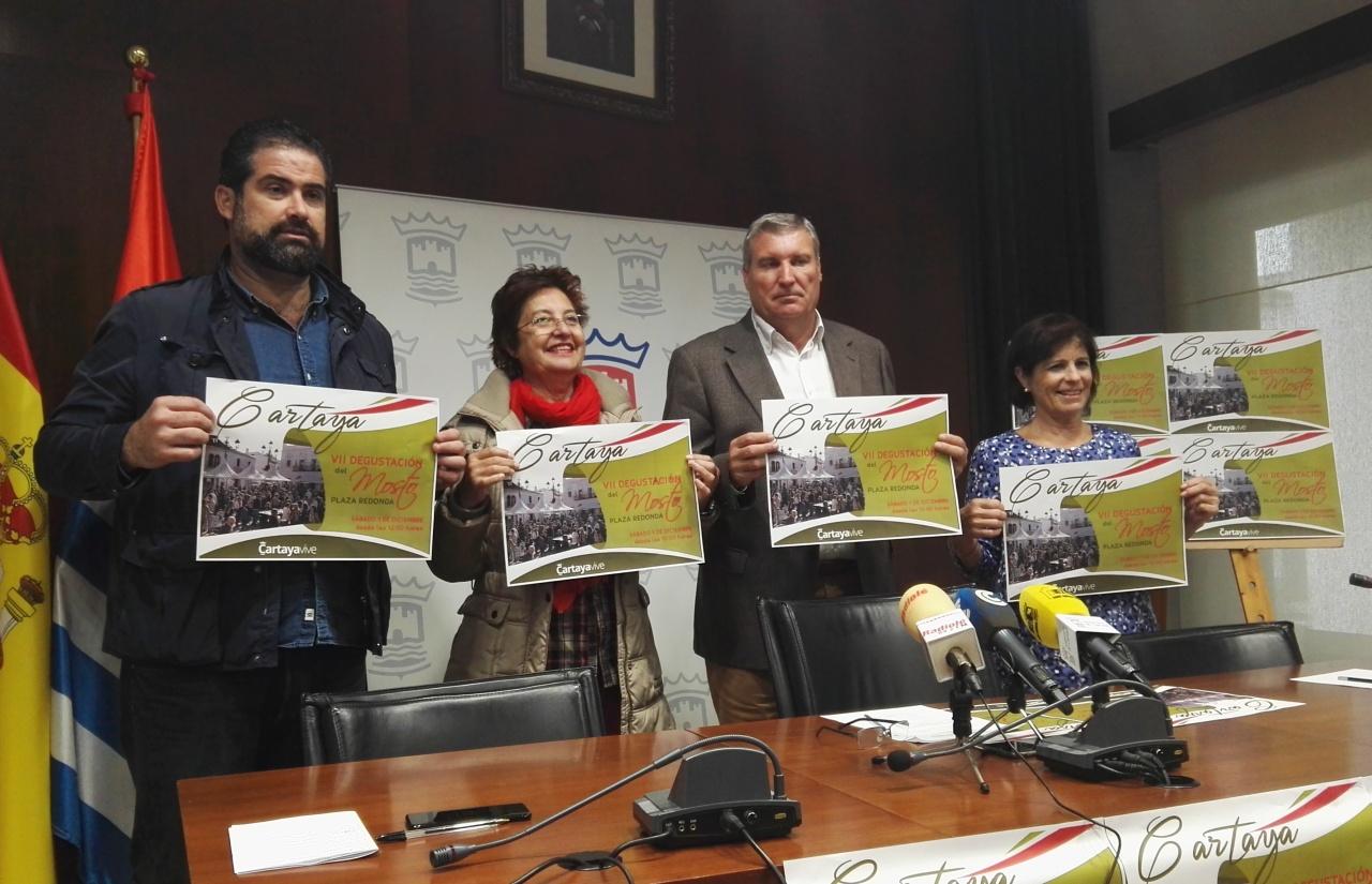 Cerca de 40 bodegueros participan en la VII Degustación de Mosto 'Ciudad de Cartaya'