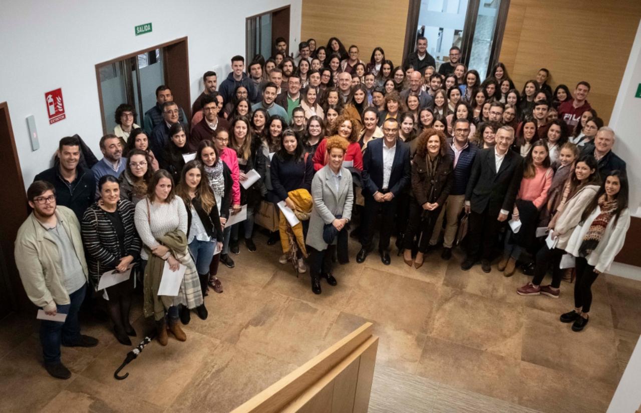Diputación hace entrega a 96 jóvenes de la provincia de las becas del Plan HEBE Primera Oportunidad 2018