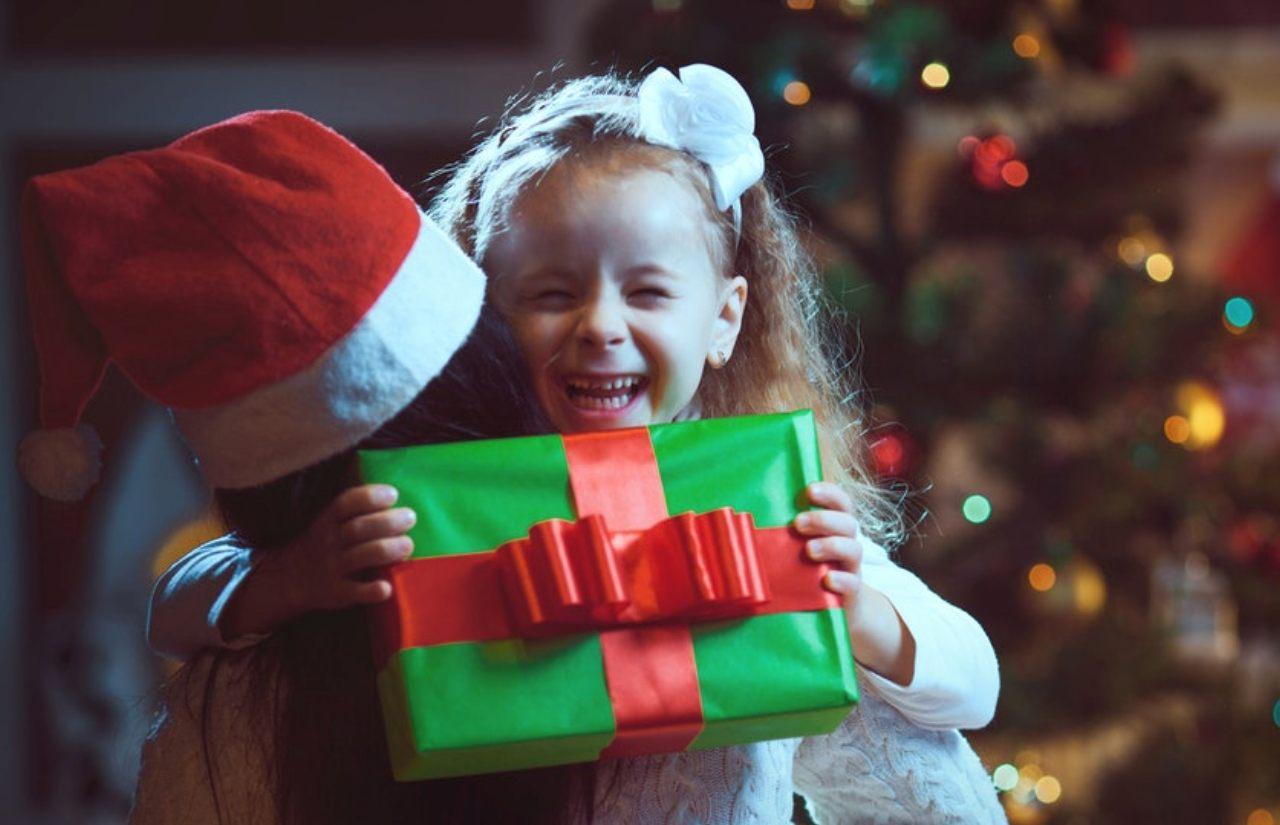Los niños, la Navidad y los regalos