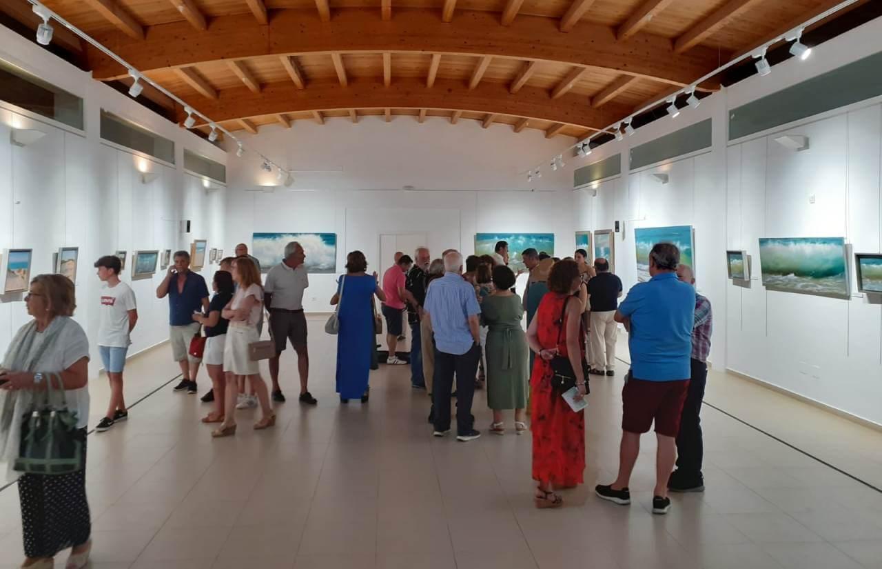 Ignacio Alcaría inaugura en el Centro Cultural «Los Álamos» de La Antilla su exposición de pinturas