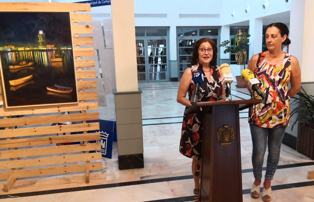 María José Caro Yusta expone su obra en el Centro Cultural de Cartaya