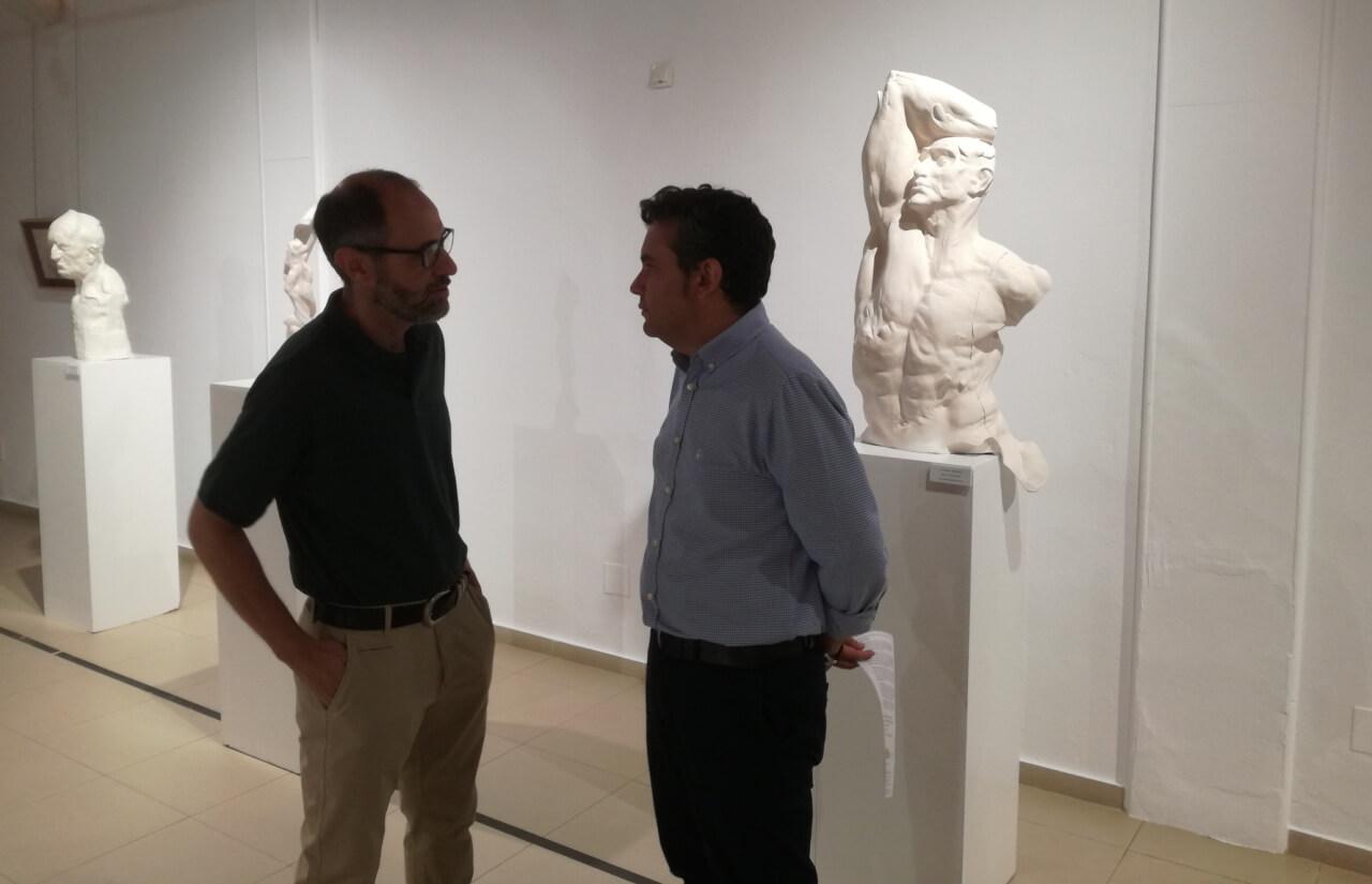 Se inaugura la exposición de esculturas de José Manuel Martínez