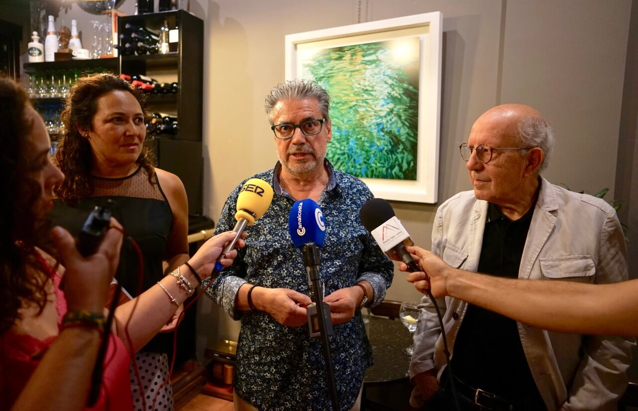 Juan Fernández expone su obra en la galería «Passage» de Ayamonte