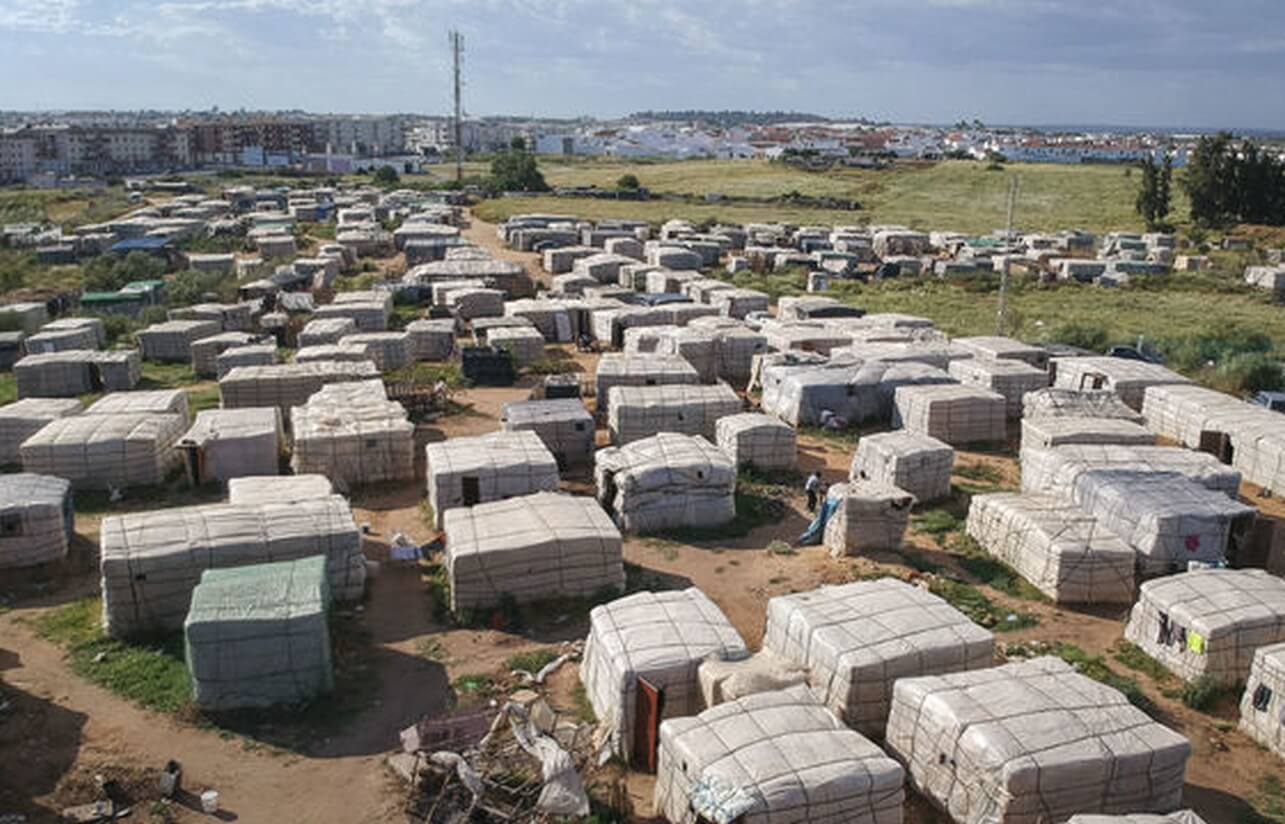 Agredido un Guardia Civil en el campamento de inmigrantes de Lepe