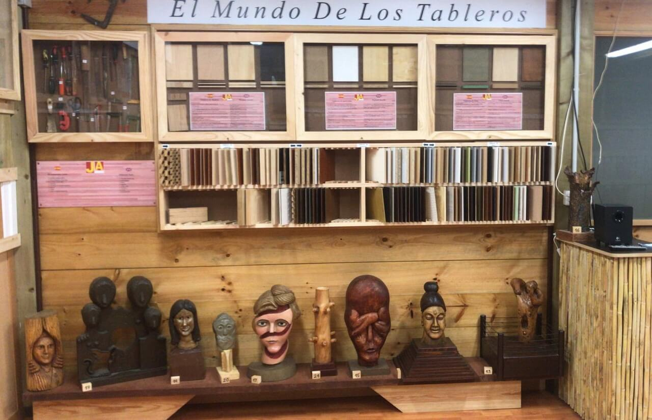 Jurado Almonte presenta su museo de la madera de Lepe