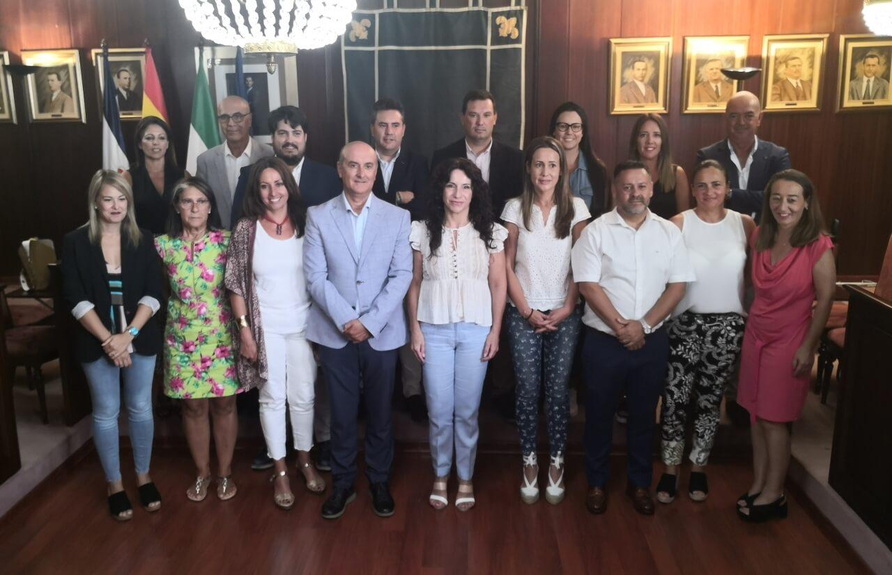 La consejera de Igualdad, Políticas Sociales y Conciliación visita el Ayuntamiento de Lepe
