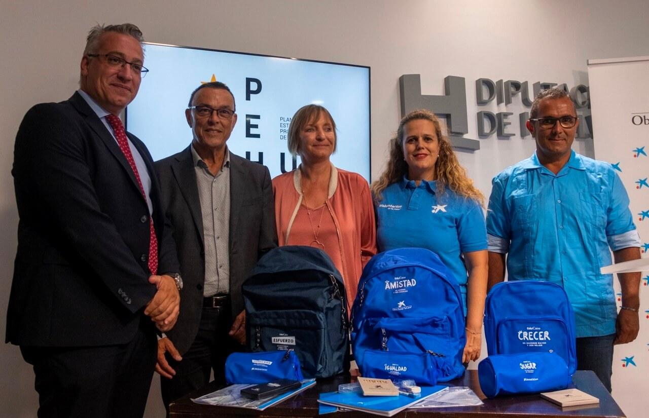 Diputación y Obra Social La Caixa facilitan la vuelta al colegio a más de 5.000 menores de la provincia en situación vulnerable