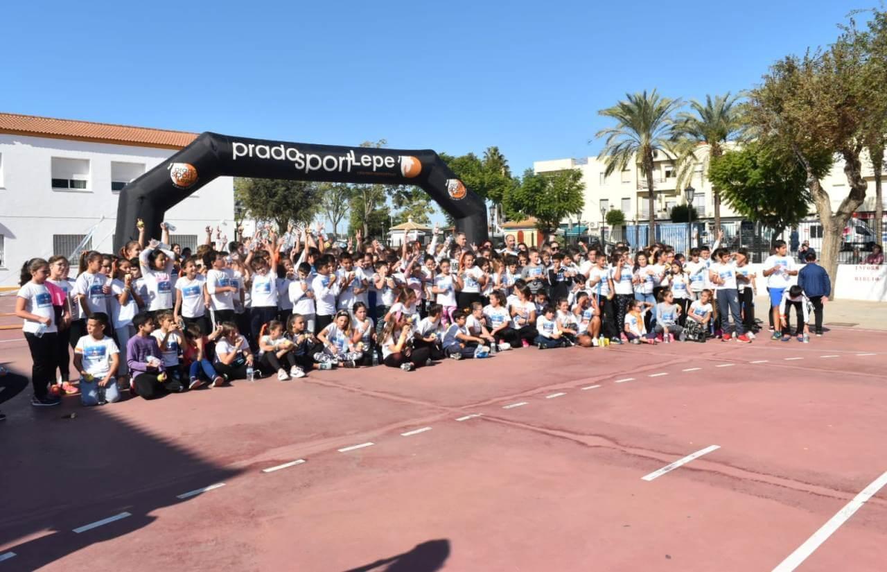 Los CEIPs de Lepe se suman a la iniciativa de la ONG Unoentrecienmil en la Semana contra la Leucemia Infantil