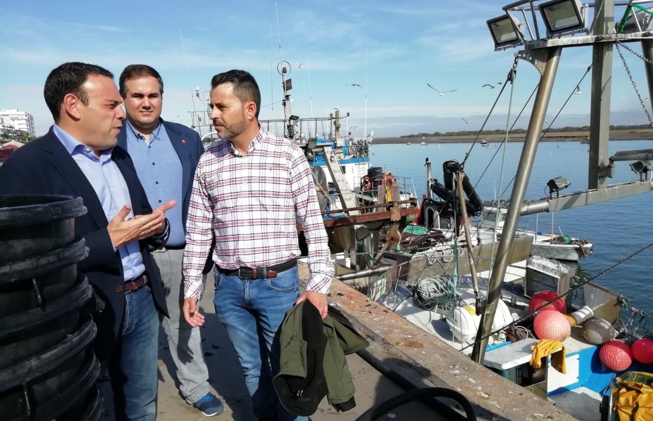 """Carlos Hermoso: """"El sector pesquero sigue encontrándose con un Gobierno en funciones que no atiende sus demandas"""""""