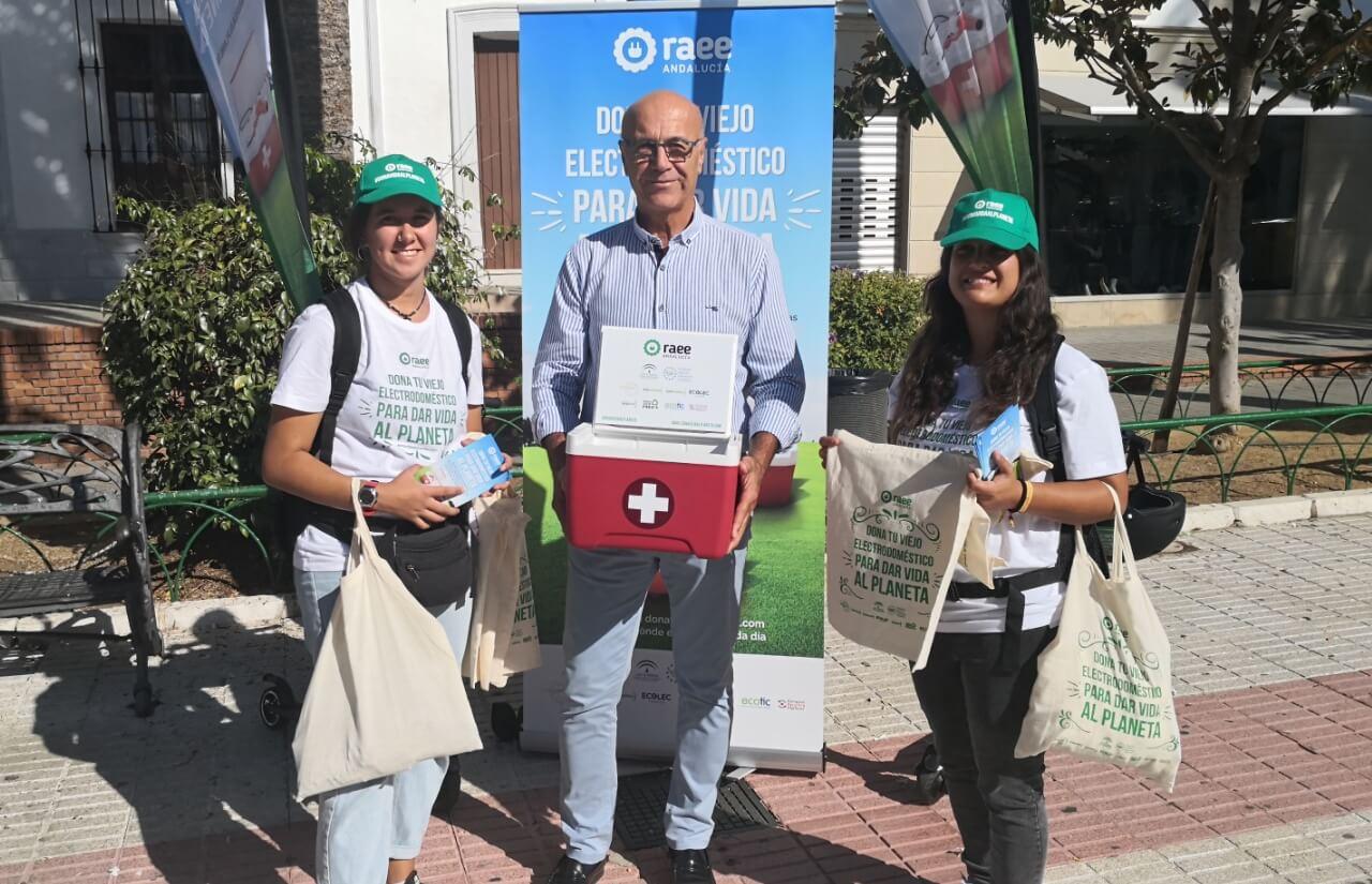 Lepe acoge la campaña 'Dona vida al planeta' que promueve la reutilización y el reciclaje de los residuos de aparatos eléctricos y electrónicos