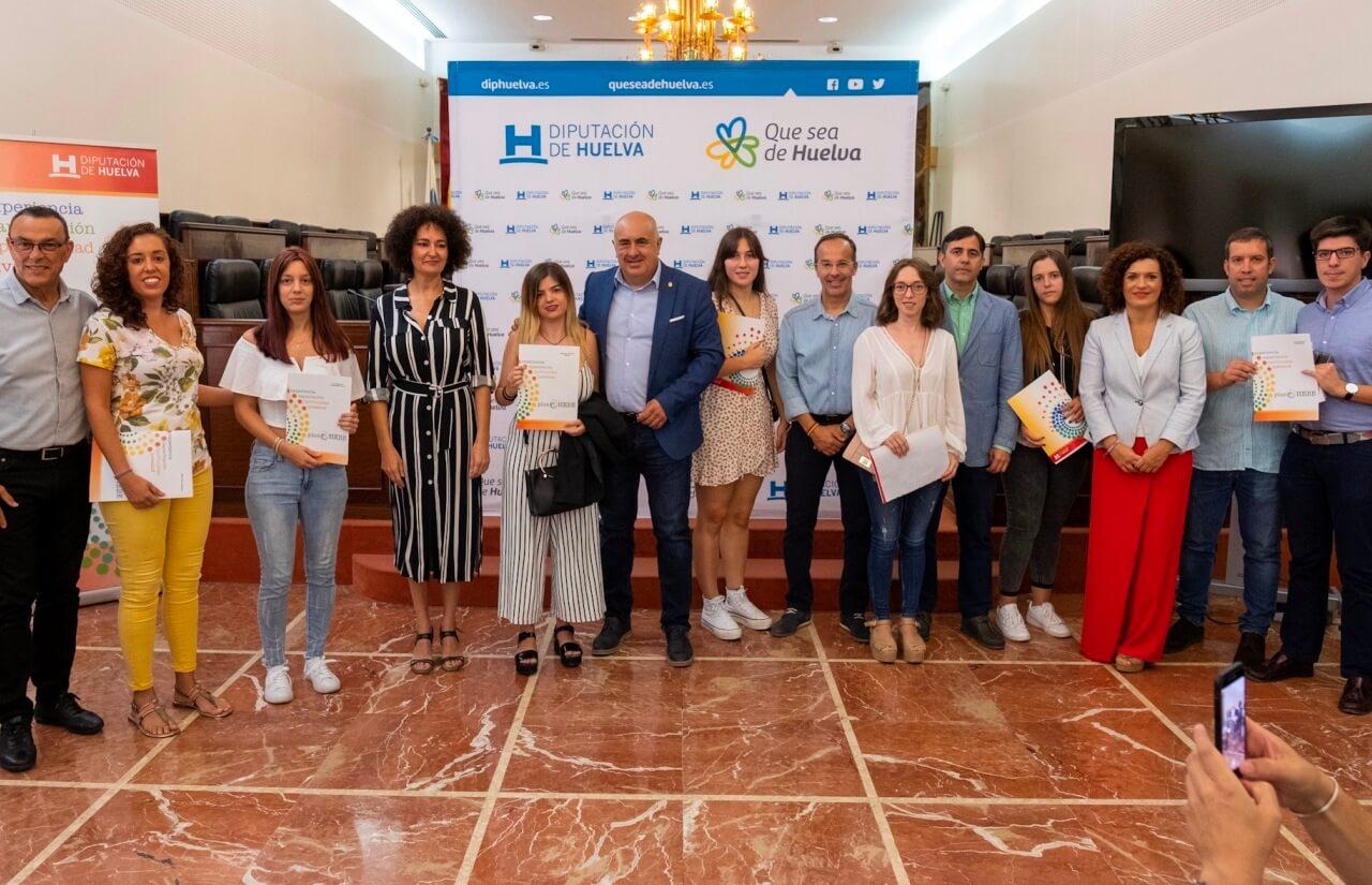 65 jóvenes de la provincia reciben las becas HEBE Primera Oportunidad para la realización de prácticas en empresas