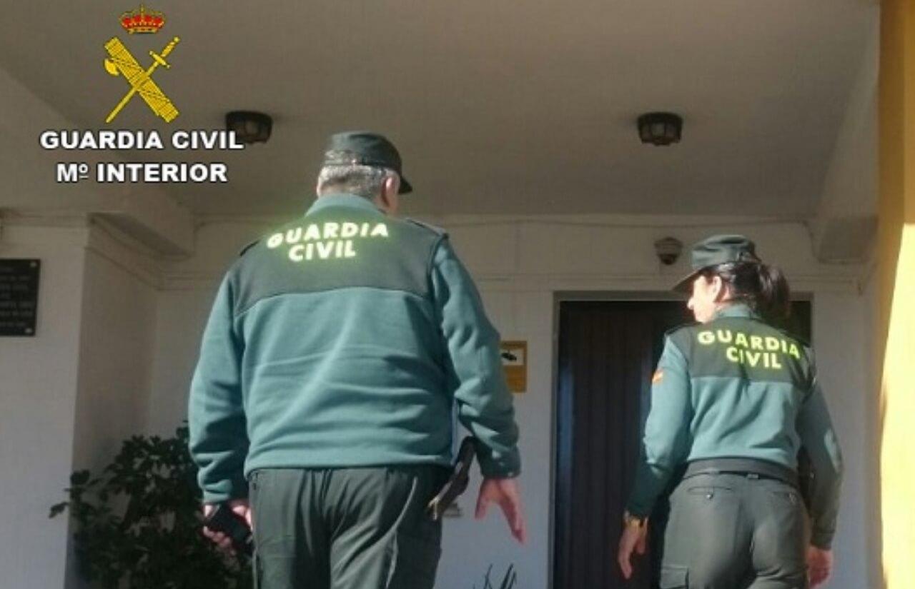 La Guardia Civil detiene a un varón e investiga a un cómplice por diversos hurtos y robos perpetrados en la demarcación de Lepe