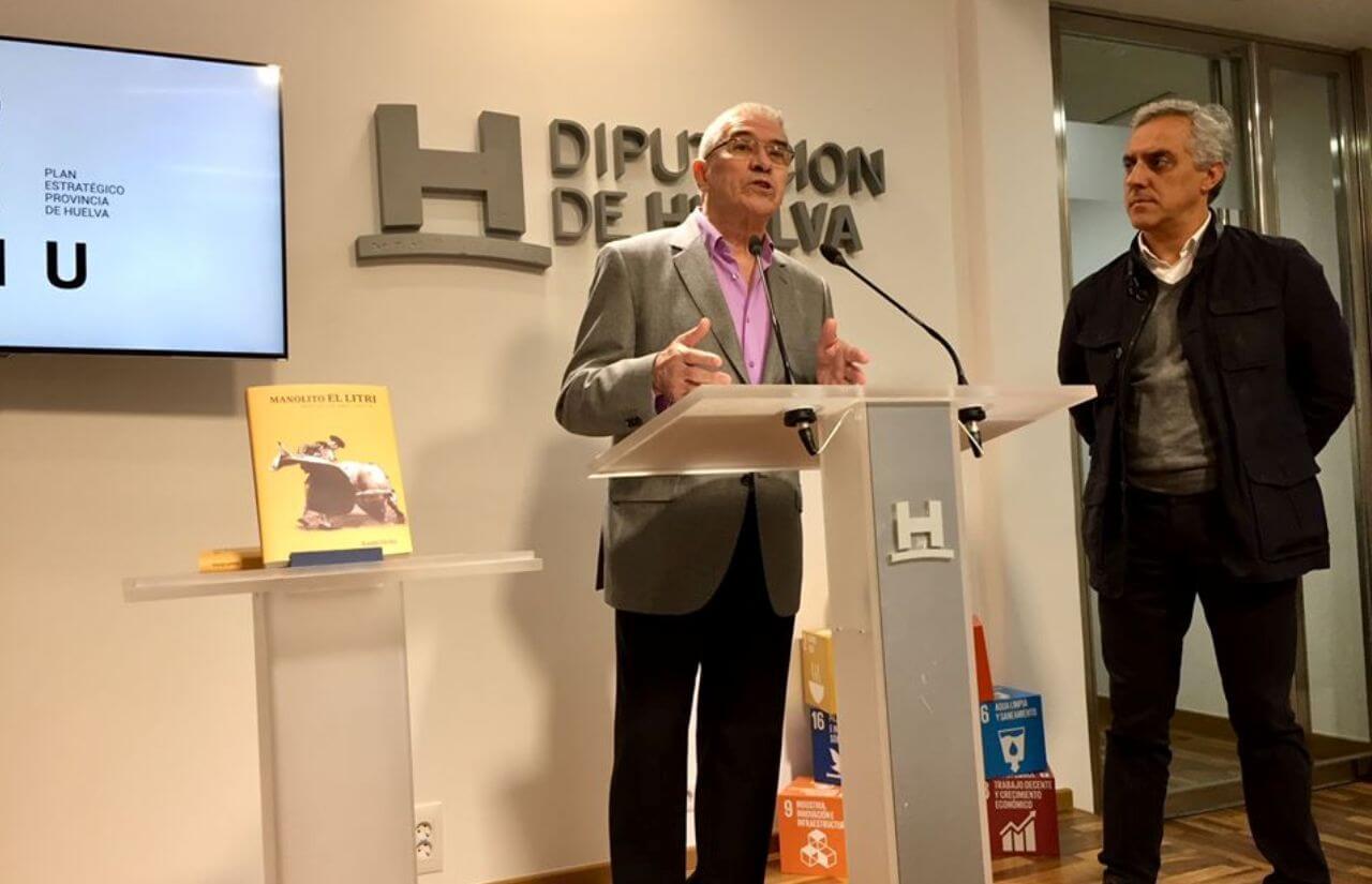 El libro 'Manolito El Litri: más allá del valor' recupera la figura de un torero «excepcional y de gran impacto en los ruedos»