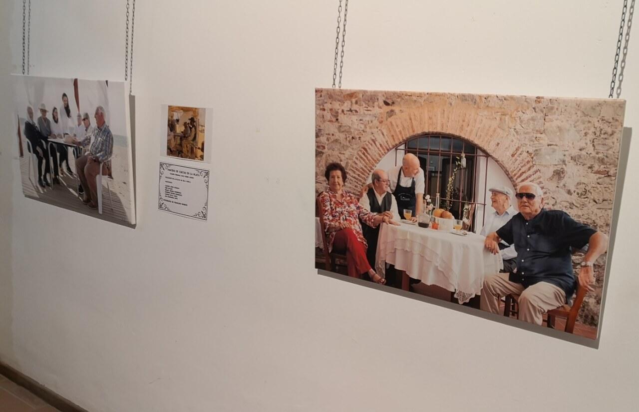 ADL recrea en Ayamonte pinturas de Sorolla con sus usuarios y auxiliares como protagonistas