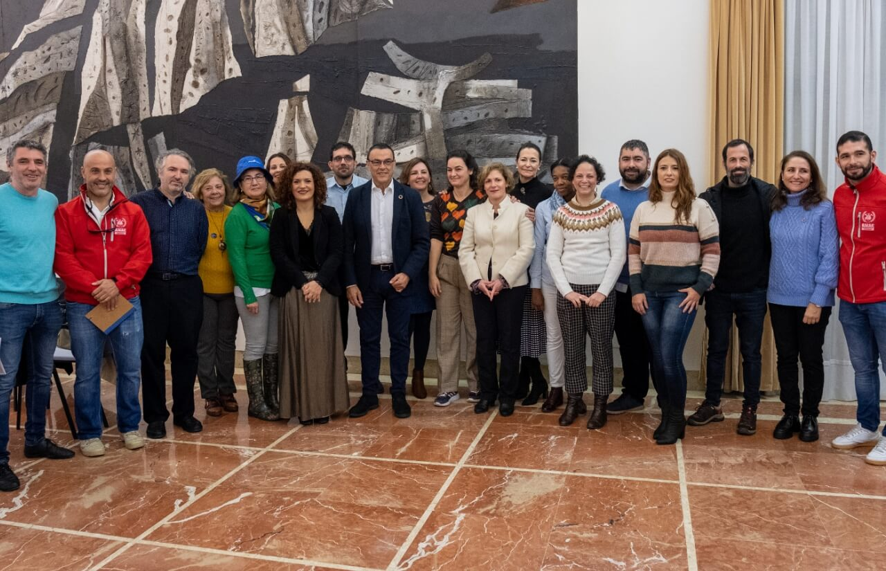 Diputación entrega 246.000 euros en ayudas a diez ONGs de la provincia para proyectos de cooperación internacional