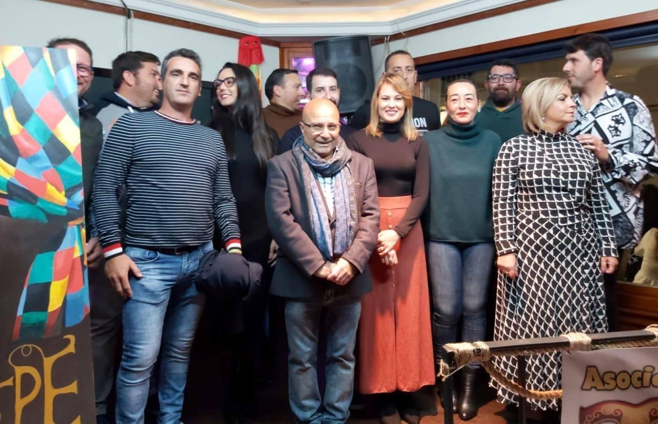 Lepe presentó la programación y a los protagonistas del Carnaval 2020 durante un acto que tuvo lugar en la sede de la Peña «La Jabá»