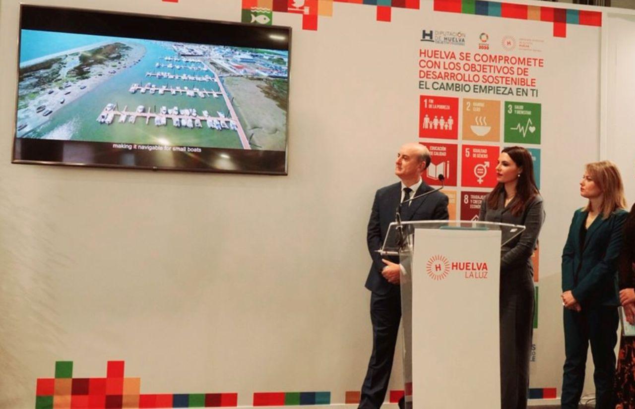 Lepe presenta en FITUR el proyecto de Puesta en Valor y Accesibilidad de la Torre del Catalán y Desarrollo de La Vera, además de la nueva guía turística del municipio