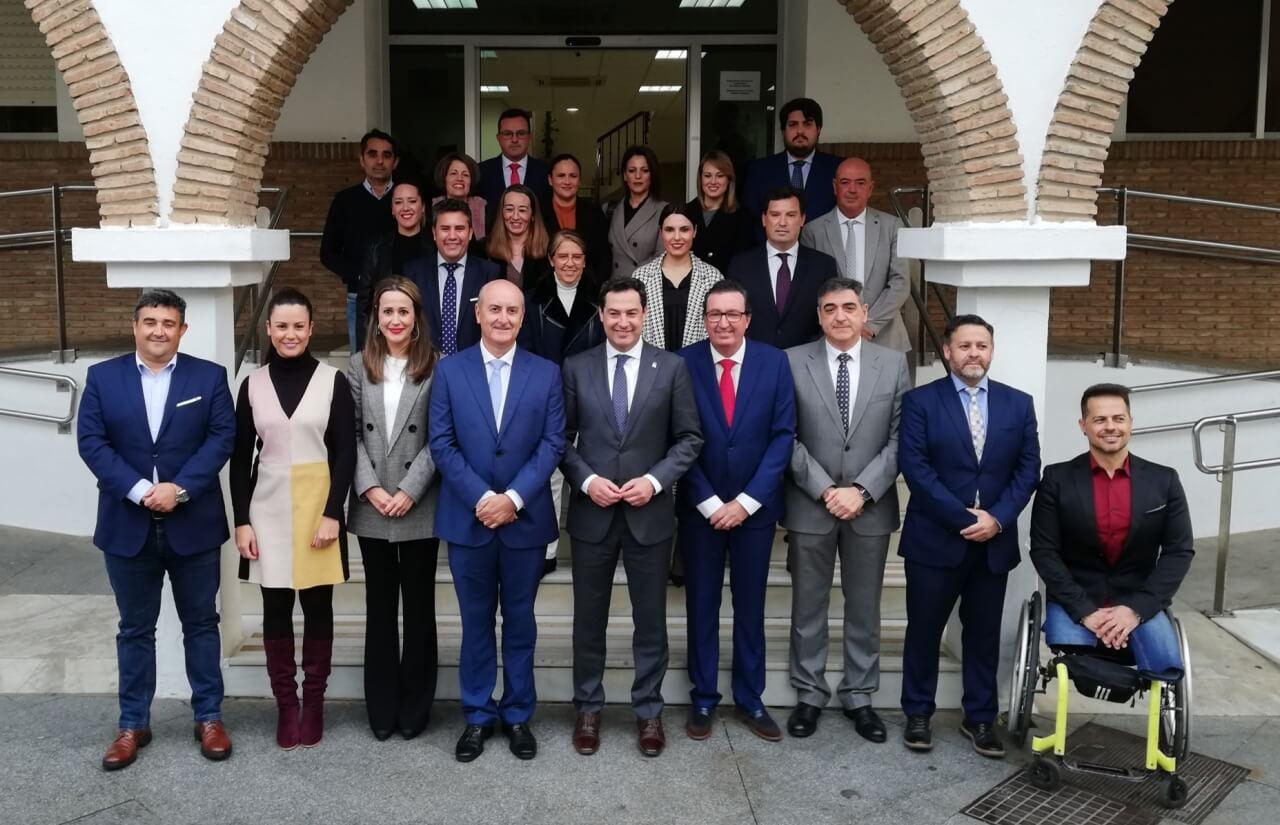 Lepe recibe la visita institucional del Presidente de la Junta de Andalucía