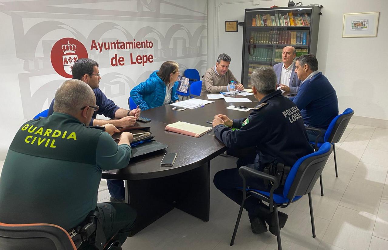 El Comité Asesor del Plan de Emergencia Municipal trabaja en garantizar el cumplimiento de las medidas requeridas en la Fase 1 del Plan de Desescalada