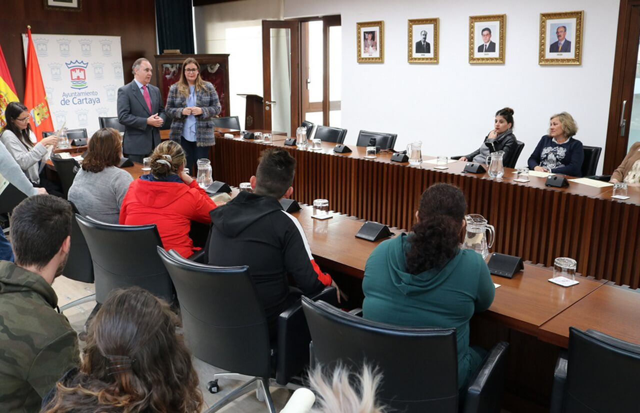 Cartaya entrega los Certificados de Experiencia Profesional a los 67 trabajadores de los planes de empleo