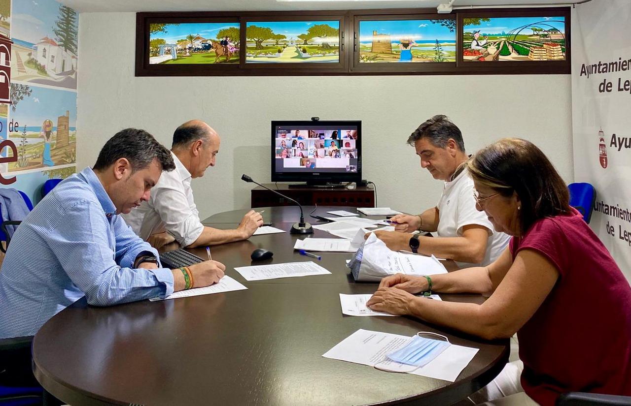 El Ayuntamiento de Lepe celebra un pleno telemático para tratar el Plan de Seguridad y Salvamento en Playas y el Plan de Contingencia frente al Covid-19