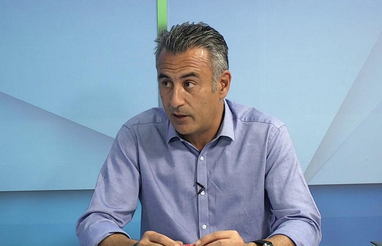 Jenaro Orta pone de manifiesto la dificultad de los ayuntamientos para poner en marcha las medidas de seguridad contra el COVID19 en las playas