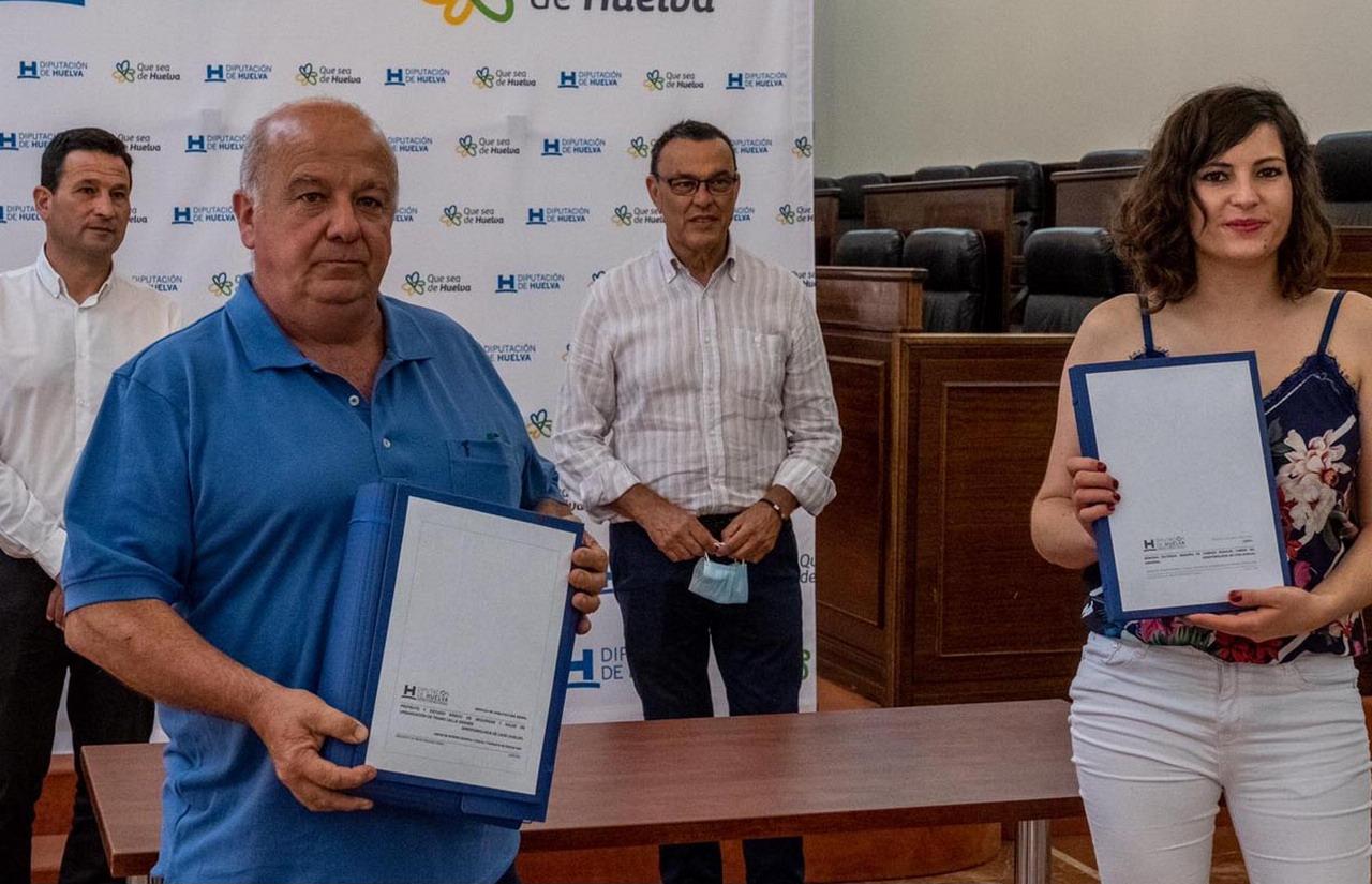Diputación entrega a 13 ayuntamientos de menos de 20.000 habitantes los 24 proyectos redactados para participar en PFEA 2020