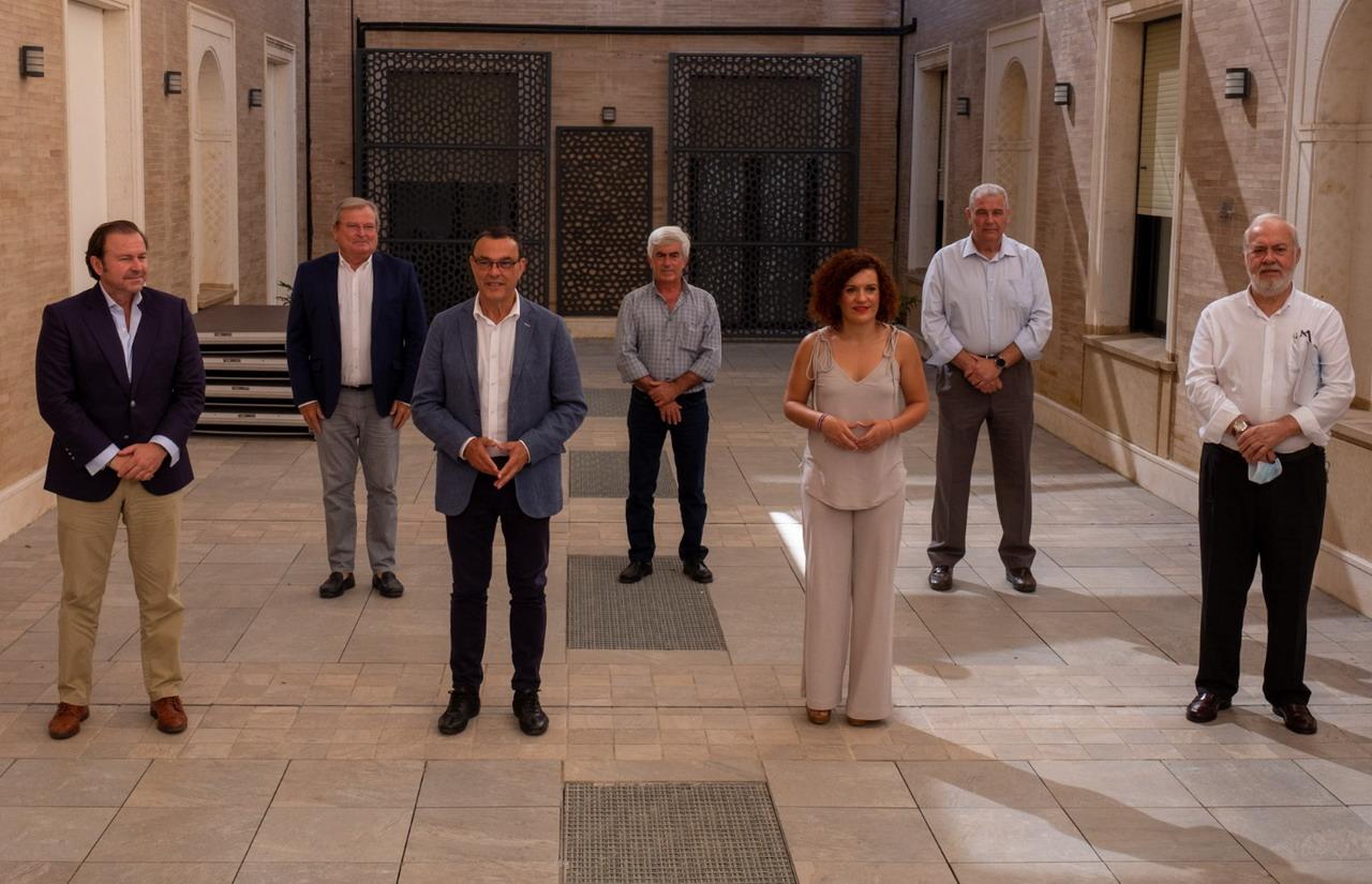 Diputación destina 56.000 euros al sector agroalimentario onubense para la reactivación económica de la provincia