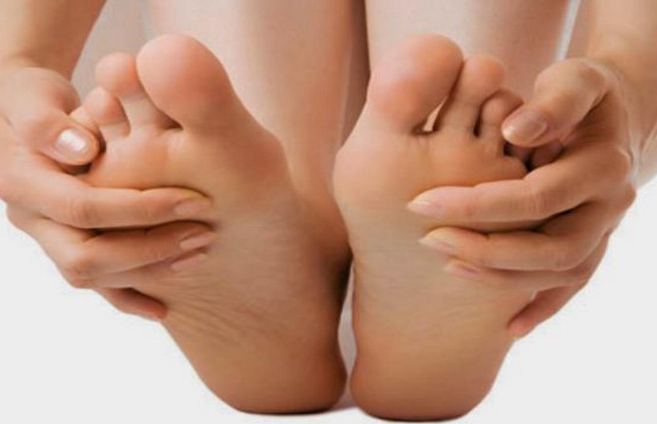 «Con Buen Pie: Cómo cuidar nuestros pies desde casa»