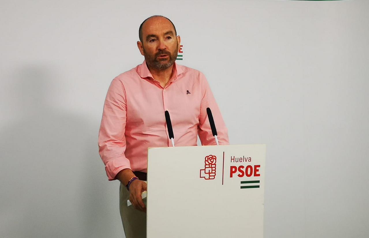El Gobierno andaluz debe explicar por qué las convocatorias de empleo van dirigidas solo a los desempleados del Partido Popular