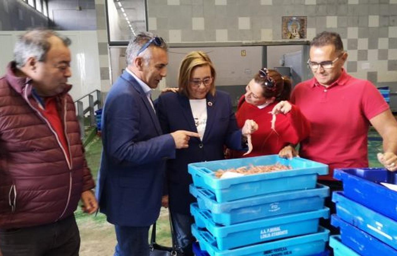 Las ayudas de 30 millones de euros a la pesca alivian los temores de armadores y pescadores