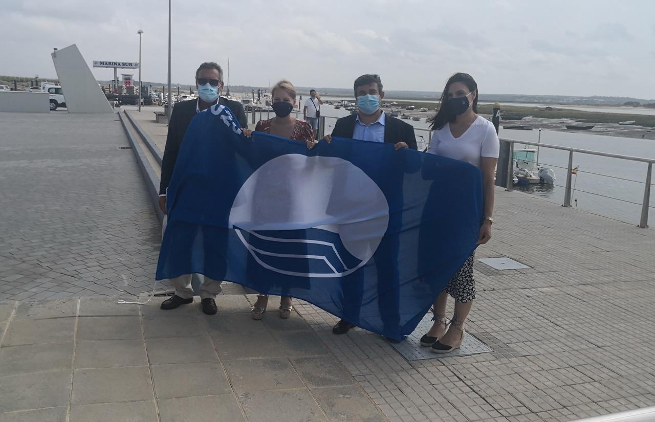 Ya ondean las Banderas Azules otorgadas a los puertos deportivos de Ayamonte, Punta del Moral y El Terrón
