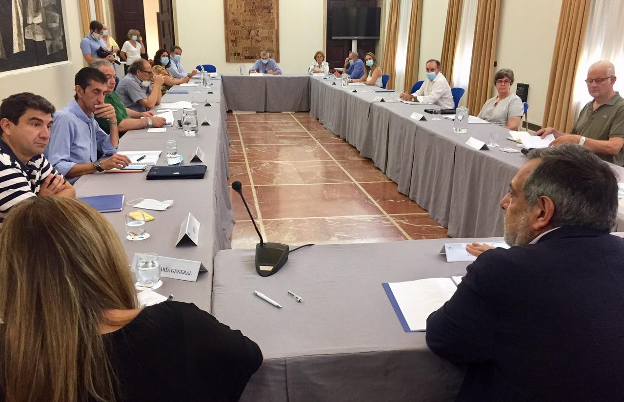 El CESpH subraya el impacto negativo de la crisis por la covid en la economía de la provincia de Huelva en los últimos meses