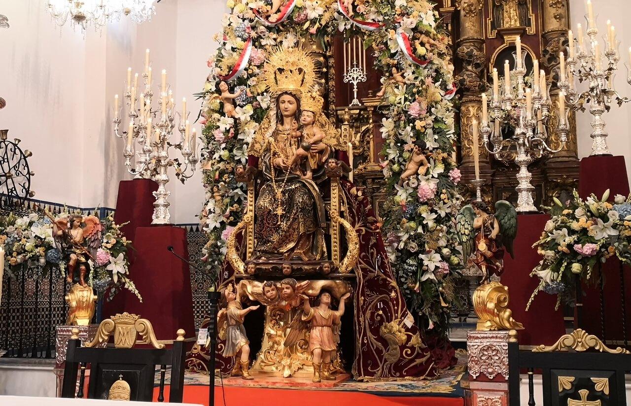 Lepe vive el día de la Bella en el templo de Santo Domingo