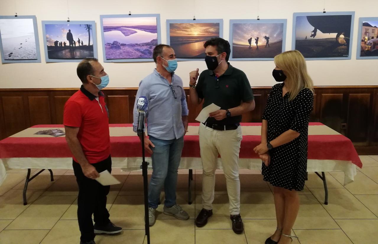 El Taller Municipal de Fotografía de Lepe organiza su nueva exposición «Emociones para ver» en Café Sur