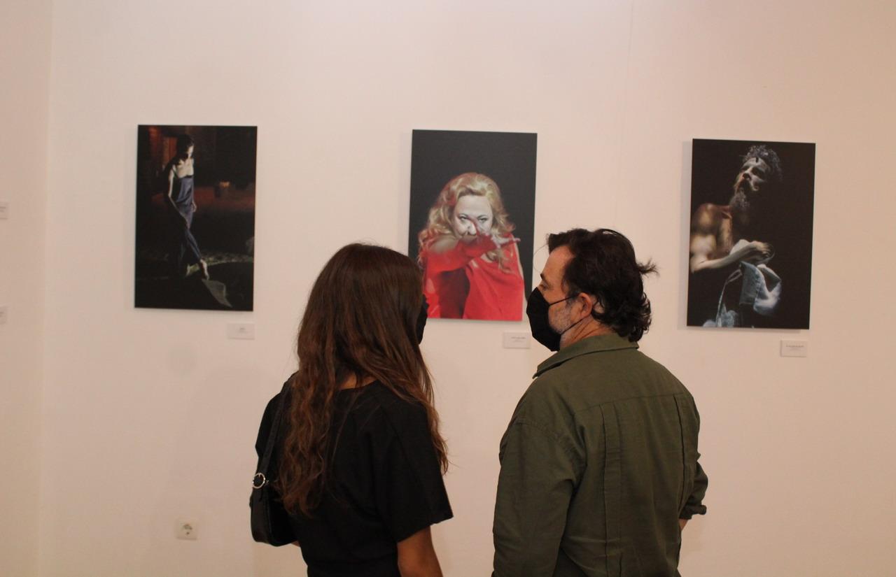 La Diputación rinde homenaje a las 35 ediciones del Festival de Niebla con la exposición 'Alma de Teatro' de María Clauss