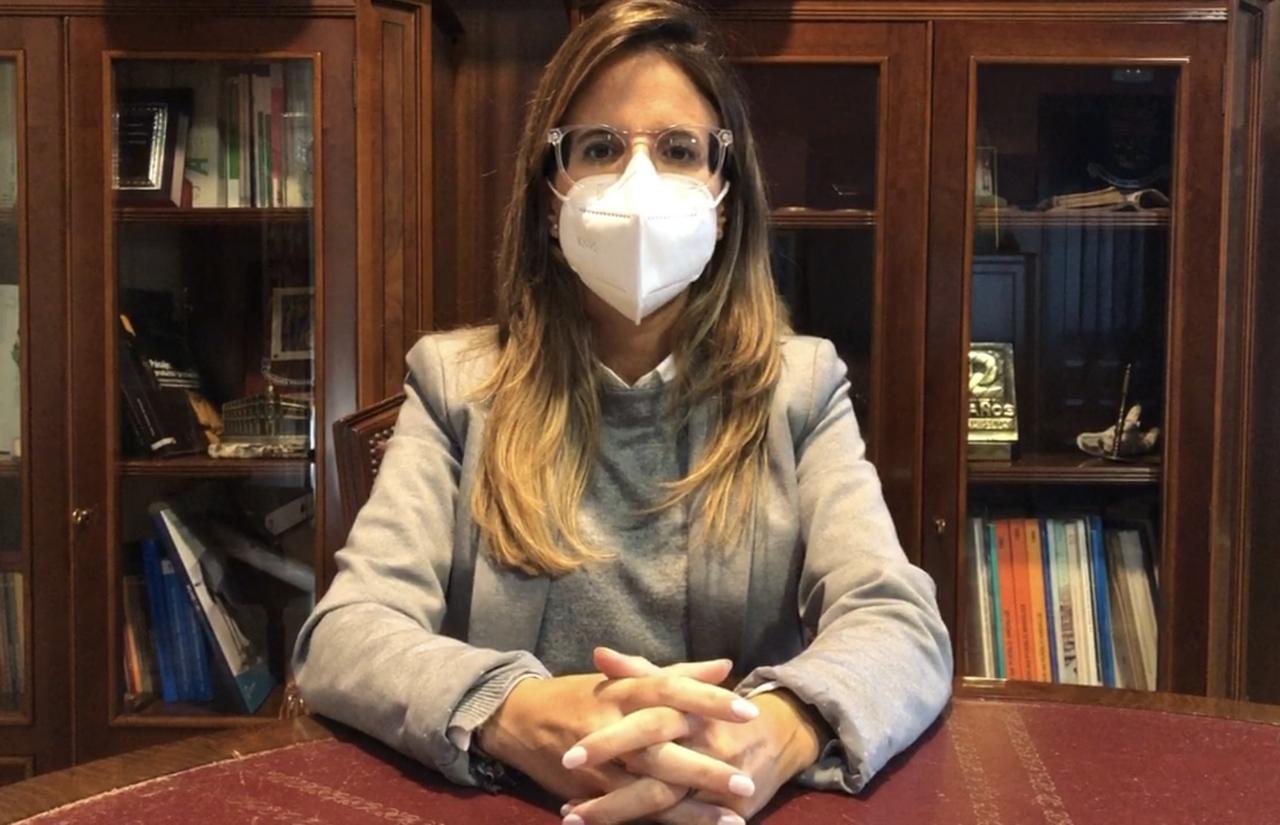 La Alcaldesa de Ayamonte pide colaboración a la ciudadanía tras decretarse el toque de queda