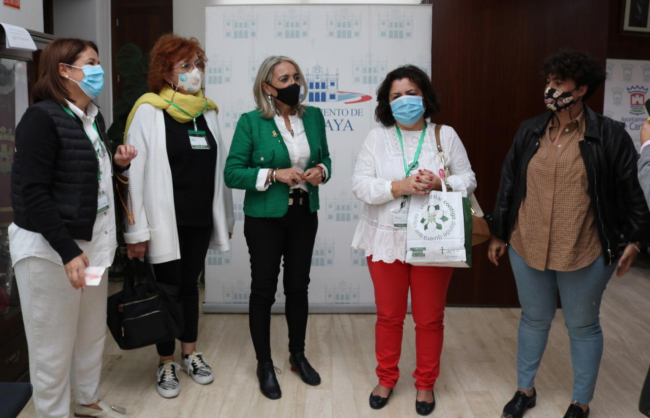 El Ayuntamiento y la AECC en Cartaya hacen un llamamiento a la prevención en el Día Mundial contra el  Cáncer de Mama