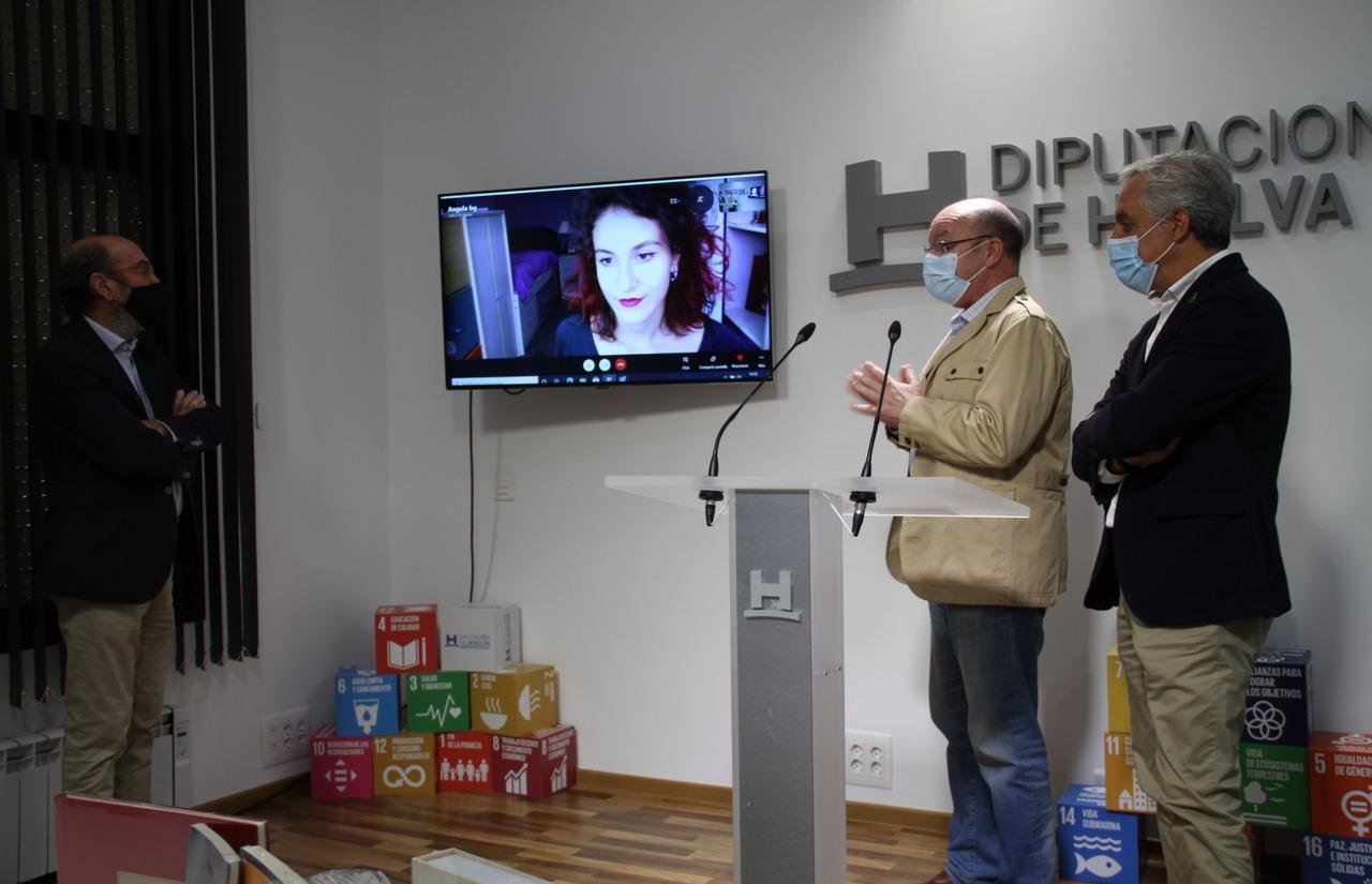 Ángela Barrera gana el premio de relatos cortos 'Desde el confinamiento', convocado por el Ateneo de Huelva