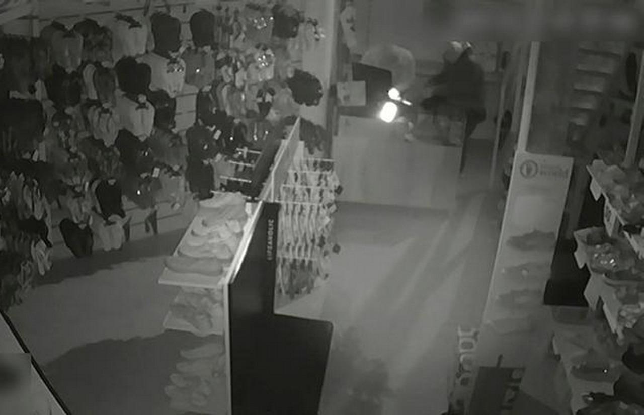 La Guardia Civil esclarece cuatro robos en establecimientos llevados a cabo en Lepe, Isla Cristina y El Rompido