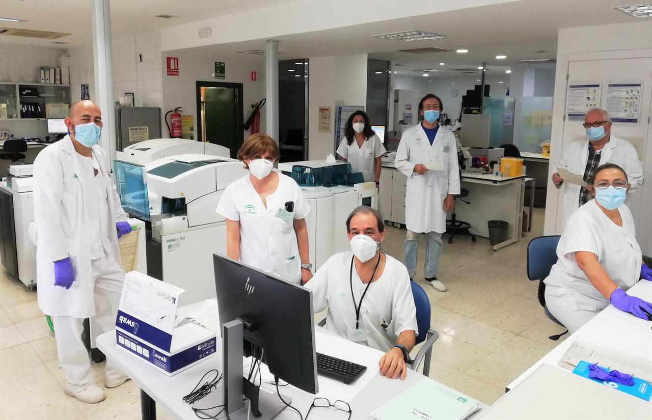 El Hospital Infanta Elena incorpora un nuevo método analítico para facilitar el diagnóstico del cáncer de pulmón
